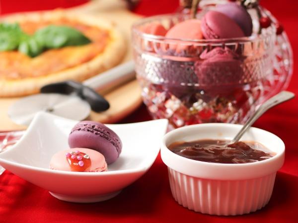 フランス産 マカロン レッドフルーツ&贅沢いちごジャム